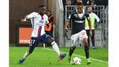 Lyon (1) - Bordeaux (6): Giữ vững ngôi đầu