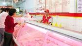 Người tiêu dùng ưu tiên chọn mua thịt heo  ở điểm bán uy tín