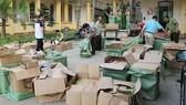 Quản lý thị trường TPHCM kiểm tra lô hàng giả, hàng lậu tuồn vào thành phố