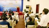 Ông Chu Bá Long trình bày những khó khăn trong chính sách phát triển doanh nghiệp KH-CN. Ảnh: T.BA