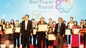 """Benthanh Tourist 8 năm liền đạt """"Tốp 10 doanh nghiệp lữ hành hàng đầu TPHCM"""""""