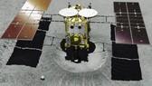 Tàu vũ trụ Hayabusa2 sẽ đổ bộ tiểu hành tinh Ryugu lấy mẫu đá về nghiên cứu sự phát triển hệ mặt trời và nguồn gốc sự sống. Ảnh: JAXA