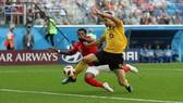 比利時穆尼耶(黃衣)破門瞬間。(圖源:互聯網)