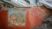 """考古人員日前在意大利坎帕尼亞龐貝古城遺址發現新的遺跡""""丘比特之屋""""。其中,人們還發現了幾幅保存完好的壁畫。龐貝古城在公元79年維蘇威火山的噴發中被毀。(圖源:互聯網)"""