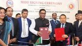 尼泊爾能源、水資源與灌溉部部長巴爾沙‧曼‧普恩,孟加拉國電力、能源與礦產資源部國務部長哈米德簽署了上述備忘錄。(圖源:互聯網)