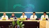 政府副總理王廷惠(中)主持會議。(圖源:誠鐘)
