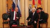 阮富仲總書記會見俄羅斯共產黨主席久加諾夫。(圖源:智勇)