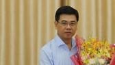 新任第一郡人委會主席阮文勇同志。