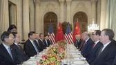 中國國家主席習近平同美國總統特朗普舉行中美元首會晤。(圖源:新華社)