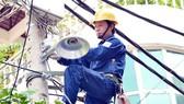 市電力總公司共青團員建設節約用電系統模範巷道。(圖源:雄科)