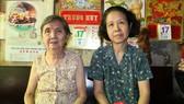 本報社會慈善工作組代表前往探望聚群居6位老人,並向老人家轉贈讀者長期捐助的善款,每位為100萬元。
