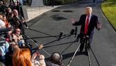 美國總統特朗普對記者講話。(圖源:AFP)