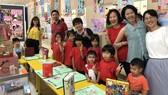 胡志明市台灣學校師生與家長一同慶祝母親節盛會。
