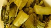 Cần Thơ phát hiện trên 2 tấn dưa cải có chứa chất vàng ô