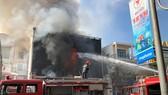 Cháy dữ dội ở quán bar giữa trung tâm TP Đà Nẵng
