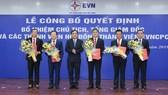 Chủ tịch HĐTV EVN Dương Quang Thành trao các quyết định bổ nhiệm thành viên HĐTV EVNCPC