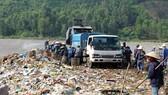 Chủ tịch UBND TP Đà Nẵng chỉ đạo xử lý nghiêm hành vi chặn đường vào bãi rác Khánh Sơn