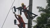 Tây Bắc vẫn đang mất điện vì mưa lũ