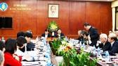 Bộ NN-PTNT báo cáo với Phó Thủ tướng về tình hình dịch tả heo sáng 28-2
