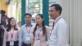 Ông Nguyễn Văn Phúc, Thứ trưởng Bộ GD-ĐT kiểm tra tình hình thi tại TPHCM