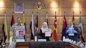 Deputy Prime Minister Wan Azizah Wan Ismail (C) chairs a cabinet meeting in Putrajaya January 17, 2019 (Source: malaymail.com)