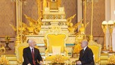 Party General Secretary and President Nguyen Phu Trong (L) and Cambodian King Norodom Sihamoni (Photo: VNA)