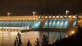 Laos' Xayaburi hydroelectric plant (Source: investvine.com)