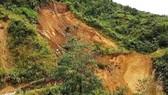 Lai Châu: Sạt lớn trên quốc lộ 4H
