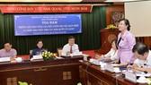 Đồng chí Nguyễn Thị Quyết Tâm phát biểu tại buổi tọa đàm