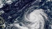 Biển Đông đón siêu bão
