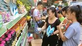 Mua hàng Việt từ xe bán hàng lưu động