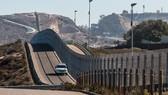 Một đoạn biên giới Mỹ-Mexico. Ảnh: greenrushdaily.com