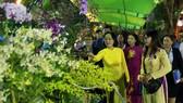 Lãnh đạo TPHCM tham quan Hội hoa xuân