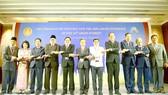 Các lãnh đạo AIPA chụp ảnh lưu niệm
