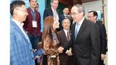 Bí thư  Thành ủy TPHCM Nguyễn Thiện Nhân gặp gỡ chuyên gia,  doanh nhân kiều bào tại hội nghị ngày 6-4-2019. Ảnh: VIỆT DŨNG