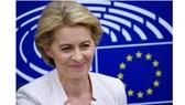 Tân Chủ tịch Ủy ban châu Âu (EC) Ursula von der Leyen trong cuộc họp báo sau khi đắc cử tại trụ sở Nghị viện châu Âu ở Strasbourg, Pháp ngày 16-7. Ảnh: THX/TTXVN