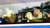 Những chuyến xe đầy ắp nụ cười bệnh nhân ung thư ngày giáp tết