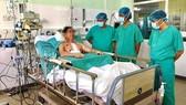 """""""Trái tim"""" từ Hà Nội vào Huế cứu sống bệnh nhân suy tim giai đoạn cuối"""