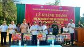 Lễ khánh thành và bàn giao 6 ngôi nhà đại đoàn kết cho đồng bào dân tộc Chứt ở bản Rào Tre
