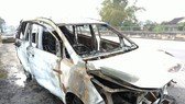 Chiếc xe bị hư hỏng nặng sau vụ cháy