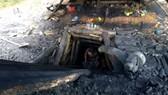Mỏ khai thác than trái phép ở xã Hà Linh, huyện Hương Khê