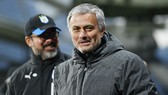 Ryan Giggs tin rằng Jose Mourinho đang đưa Man.United đi đúng hướng. Ảnh: Getty Images