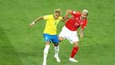 Neymar chơi mờ nhạt trước Thụy Sĩ. Ảnh Getty Images