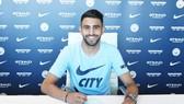 Leicester mất Riyad Mahrez cho Man.City, nhưng Bầy cáo cũng rất nhanh có những thay thế chất lượng. Ảnh: Getty Images