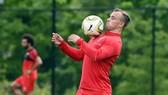 Xherdan Shaqiri trong buổi tập đầu tiên cùng đội bóng mới hôm thứ tư. Ảnh: liverpoolecho.co.uk