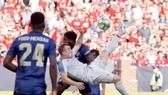 Xherdan Shaqiri và pha ghi bàn ấn tượng trong ngày ra mắt. Ảnh: thisisanfield.com