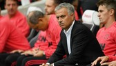 Jose Mourinho liệu sẽ phải rời vị trí của mình ở Old Trafford? Ảnh: Getty Images