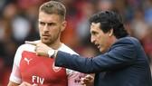"""Emery """"cứu rỗi"""" Arsenal như thế nào?"""