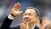 Leicester đau buồn vĩnh biệt ông chủ huyền thoại Vichai Srivaddhanaprabha. Ảnh: Getty Images