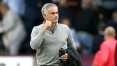 HLV Jose Mourinho tự tin sẽ giúp Man.United kết thúc trong tốp 4. Ảnh: Getty Images